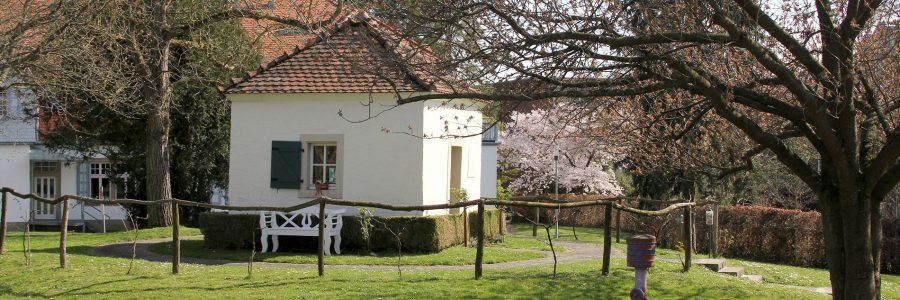 Öffentliche Putzaktion in und um das Bronner'sche Gartenhaus
